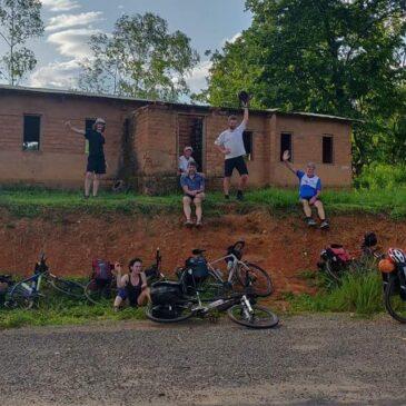 Traversée du Malawi en vélos par les bénévoles Secteur10